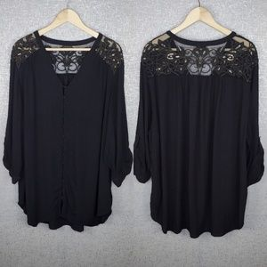 Torrid embroidered button up blouse